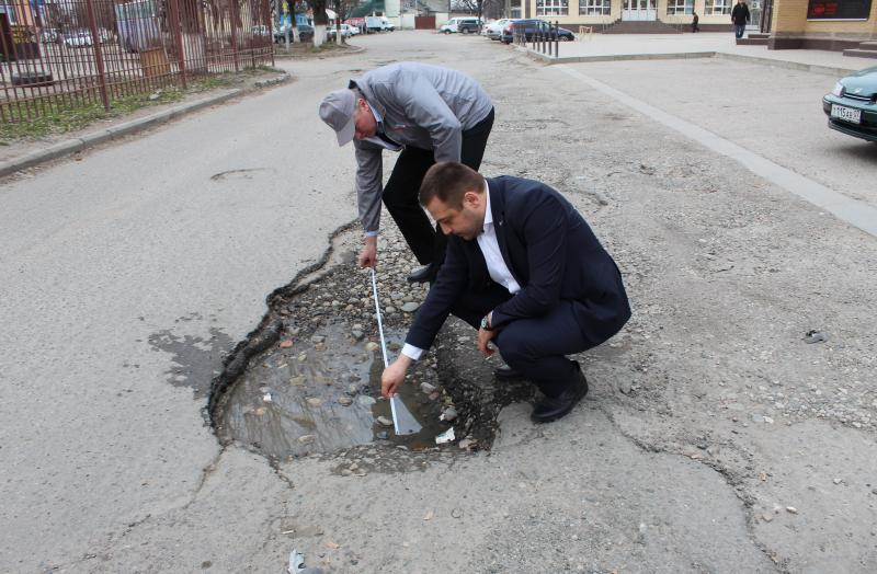 ОНФ направил обновленный рейтинг «убитых» дорог региона властям Кабардино-Балкарии